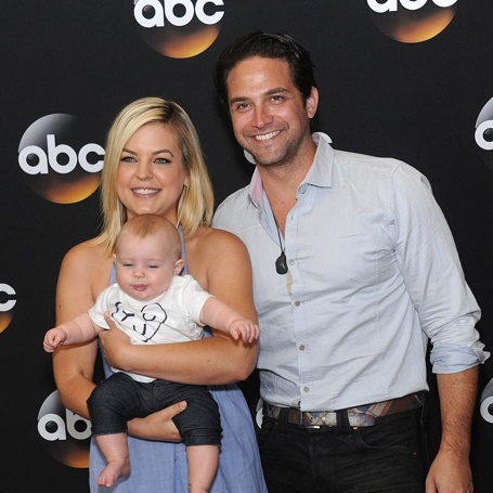 Brandon Barash and his ex-wife Kristen Storms with his daughter in an event.