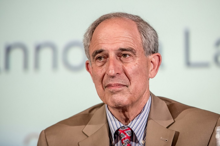 How Much Is Donald Trump's Former Personal Attorney Lanny Davis's Net Worth?